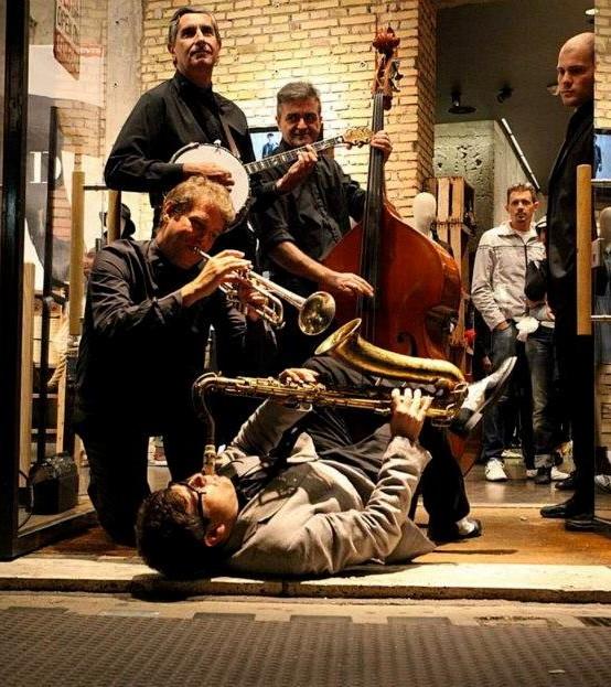 Organizzare eventi musicali e di spettacolo in strutture ricettive (Roma)